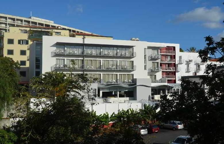 Madeira Bright Star - Hotel - 9