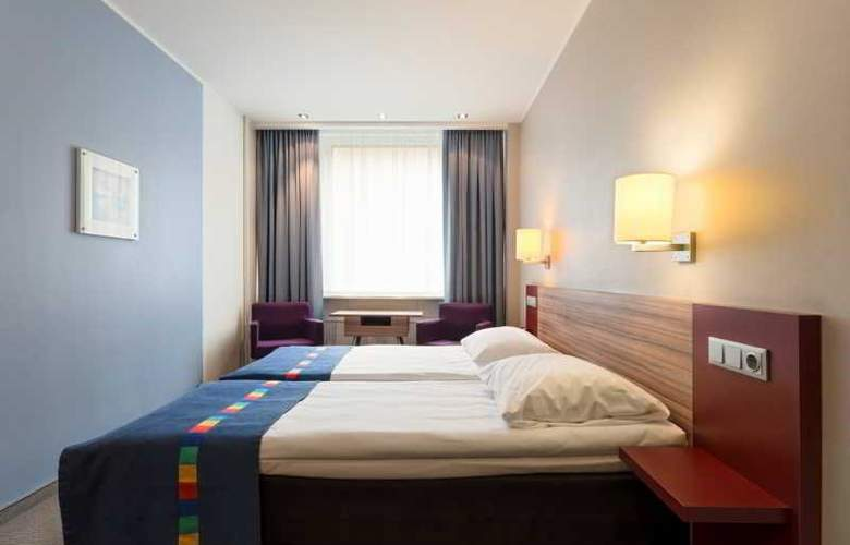 Park Inn by Radisson Central Tallinn - Room - 7