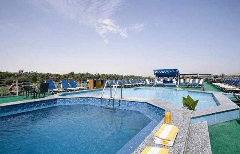 Moevenpick Radamis I Nile Cruise - Pool - 6