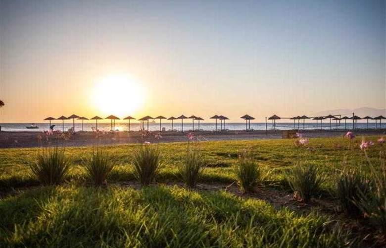 Oceanis Beach & Spa Resort - Beach - 10