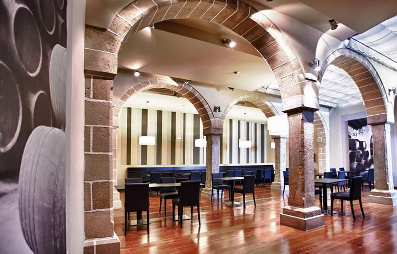 Eurostars Asta Regia - Hotel - 7