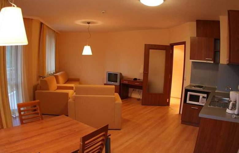 Villa Park - Room - 5