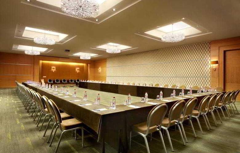 Sheraton Brussels Airport - Hotel - 8