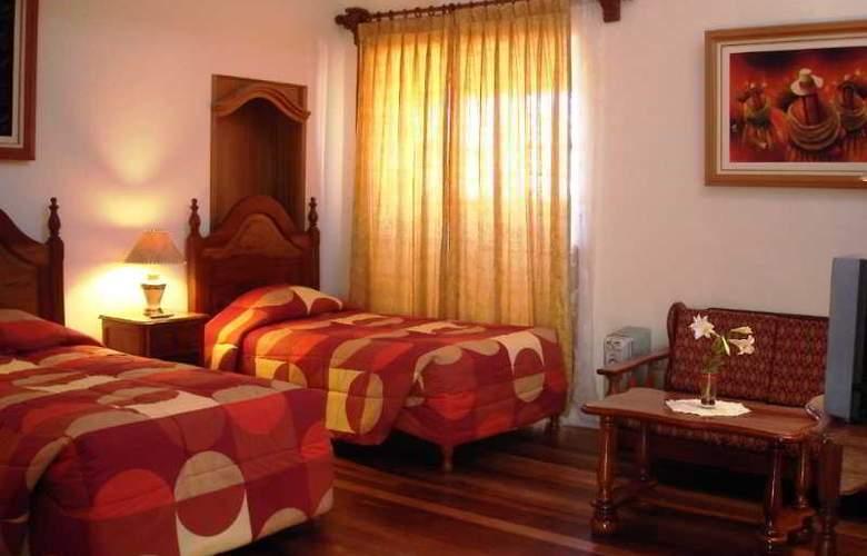 Midori Hotel - Room - 8