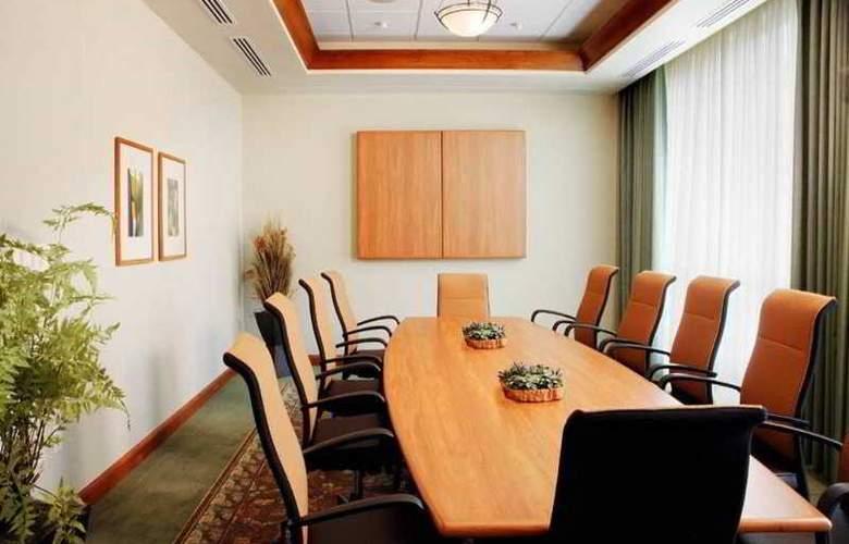 Hilton Garden Inn Seattle/Issaquah - Conference - 7