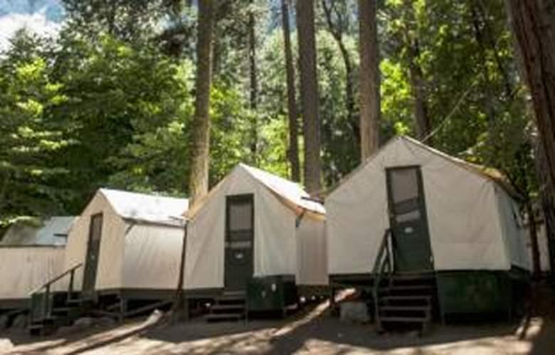 Half Dome Village - Hotel - 0