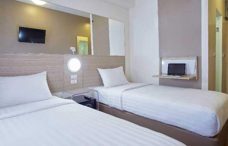 Red Planet Aseana City - Room - 18