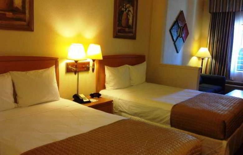 Ramada Kissimmee Downtown - Room - 2