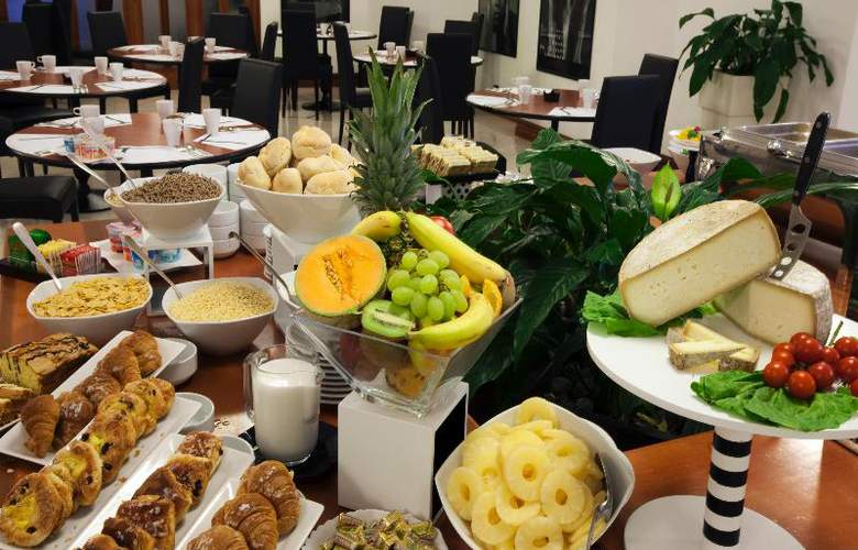 Grand Hotel Tiberio - Restaurant - 23