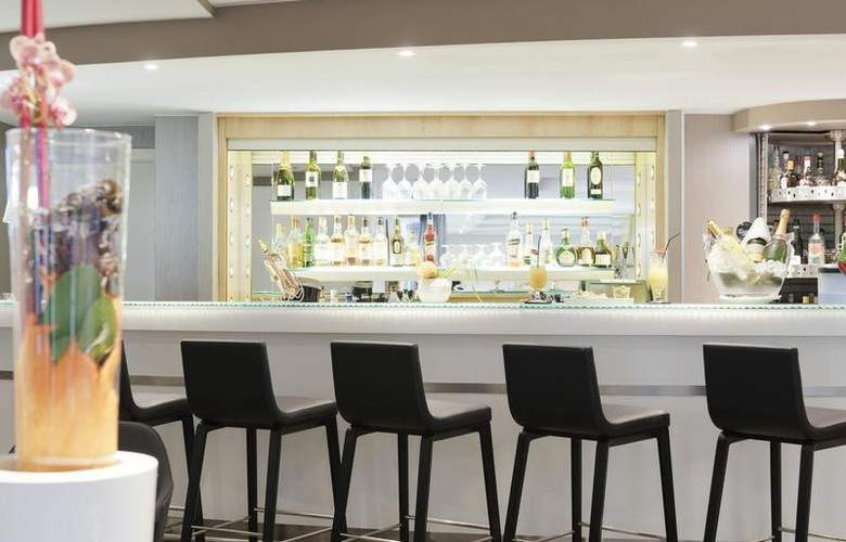 Novotel Geneve Centre - Bar - 51