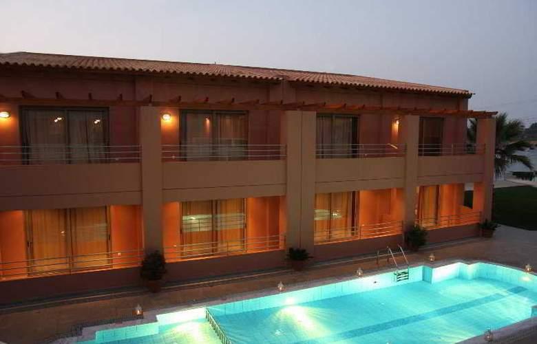 Anatoli Apartments - Pool - 8
