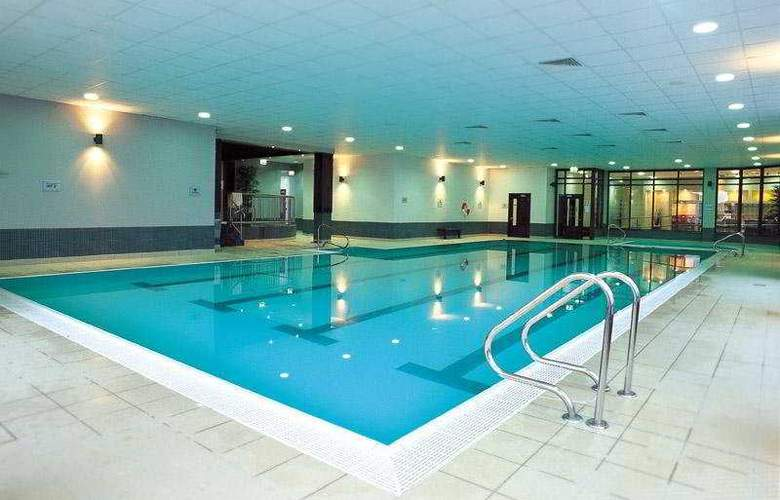Claregalway Hotel - Pool - 4