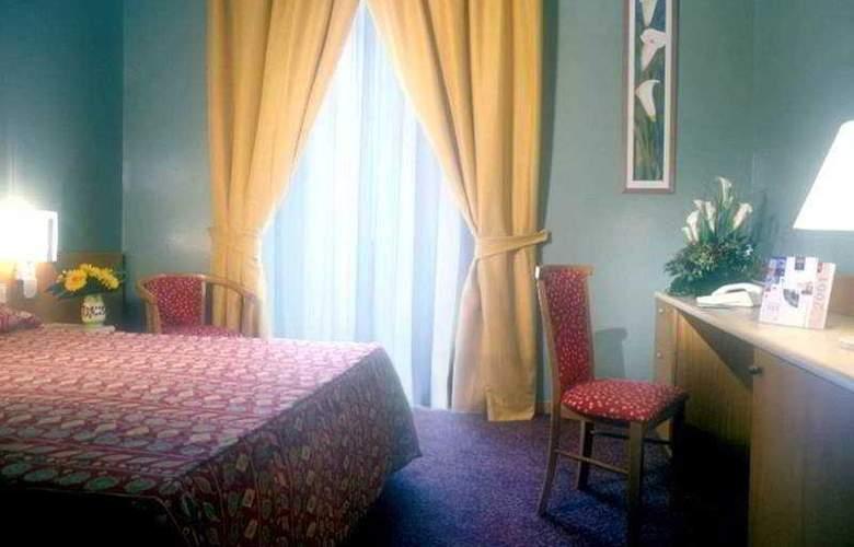 Mercure Napoli Centro Angioino - Room - 2