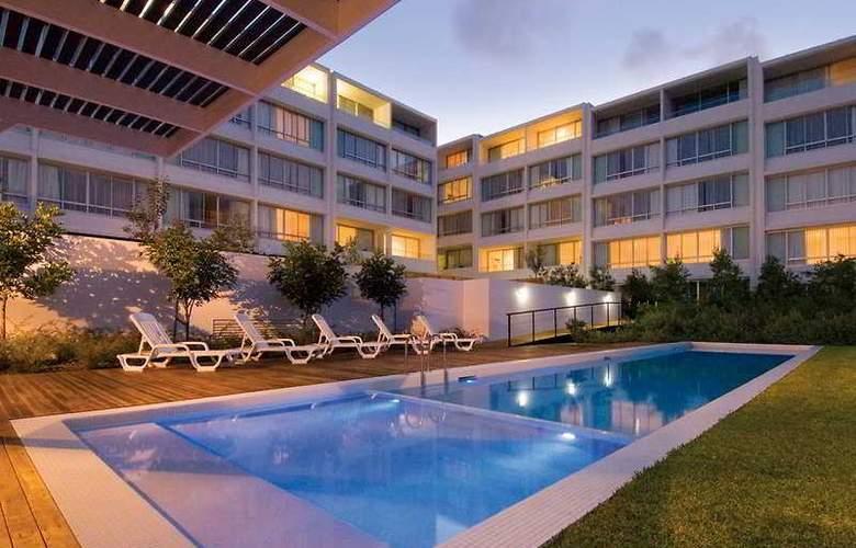 Oaks Lure Apartments - Pool - 1