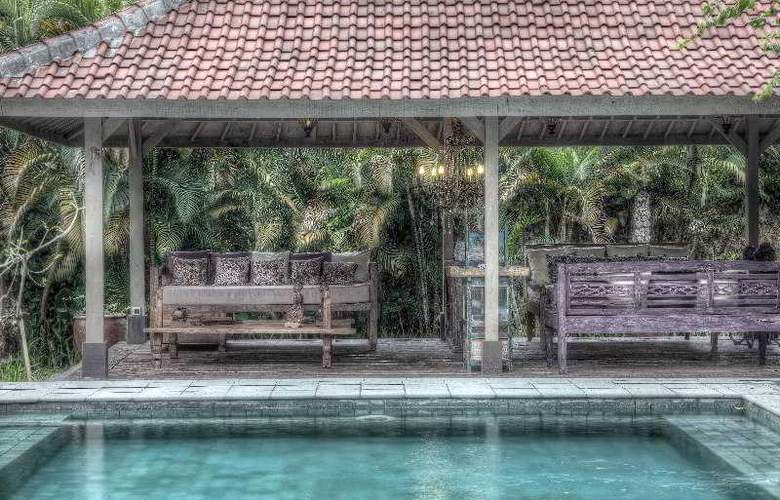 Villa Balquisse - Pool - 15