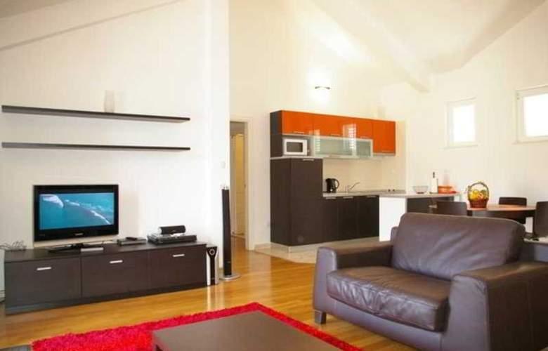 Pervanovo Apartments - Hotel - 6