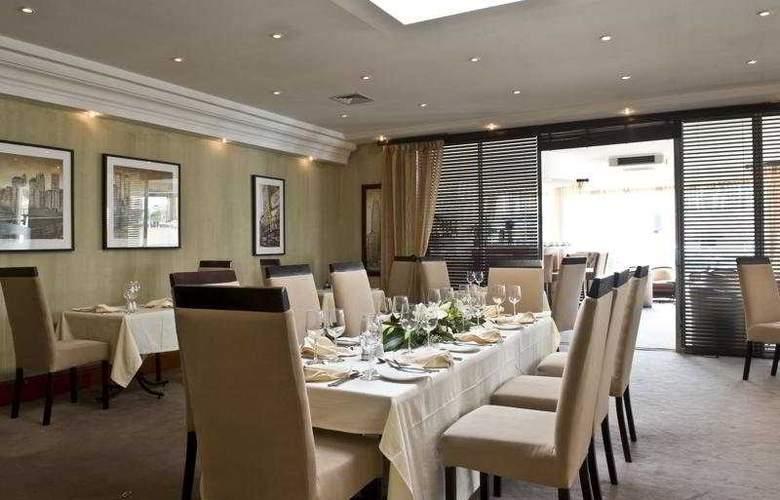 Protea Hotel Furstenhof - Restaurant - 4