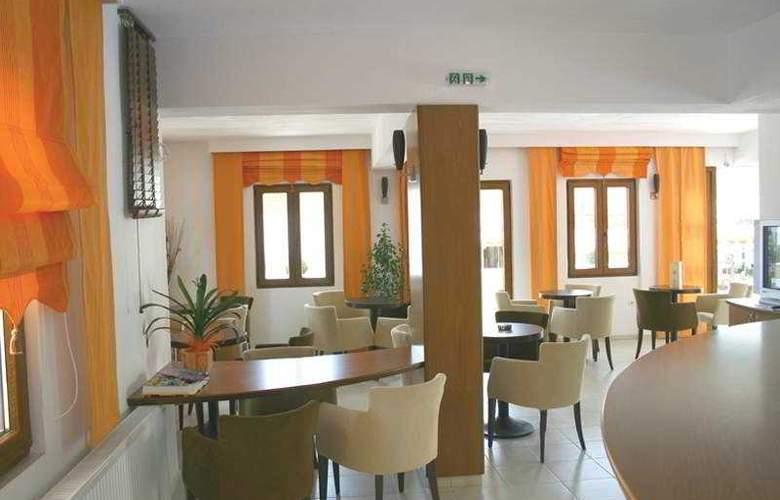 Dabassis Aparthotel - Bar - 4