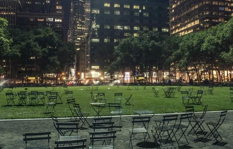 Mela - Times Square - Environment - 3