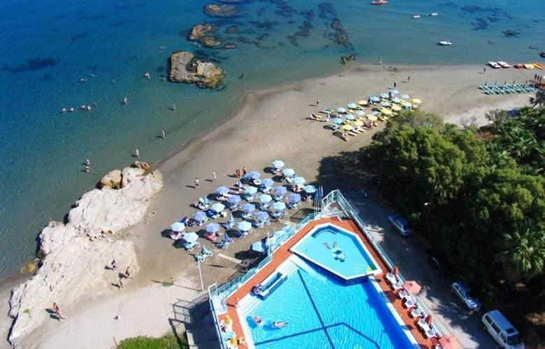 Ilianthos Village Suites - Room - 10