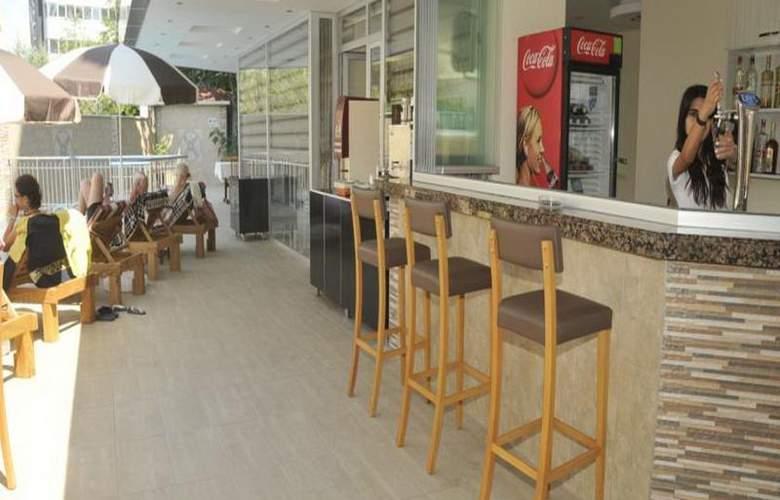 Monte Carlo Park Hotel - Bar - 8