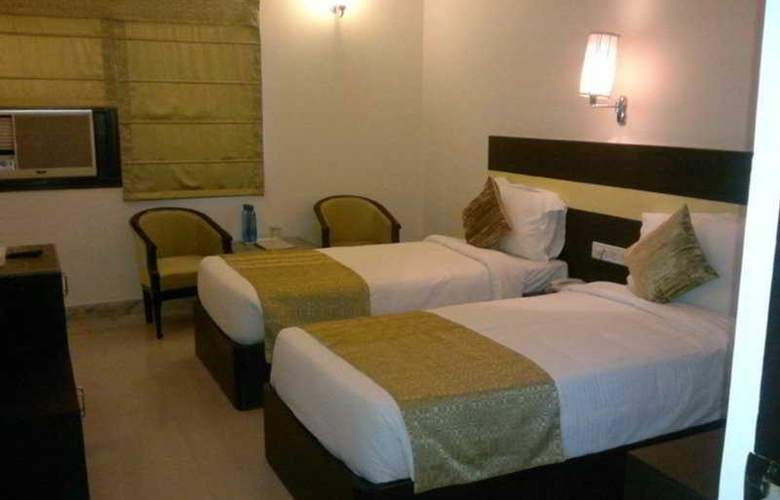 Mapple Empire Regency - Room - 5