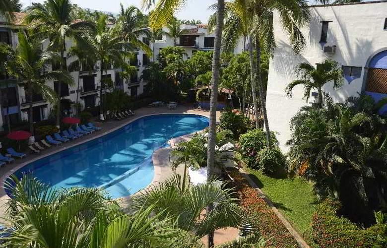 Puerto de Luna All Suites Hotel Bed & Breakfast - Pool - 8