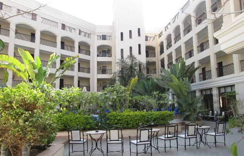 Sol Y Mar Ivory Suites - Hotel - 0