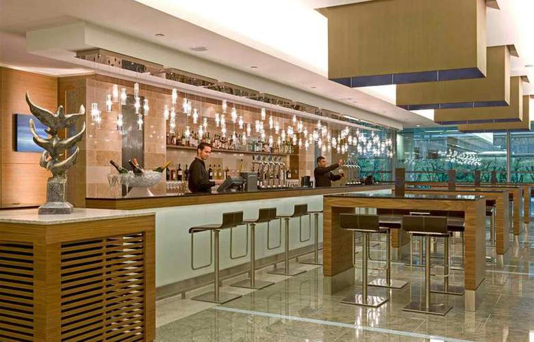 Sofitel London Heathrow - Bar - 70