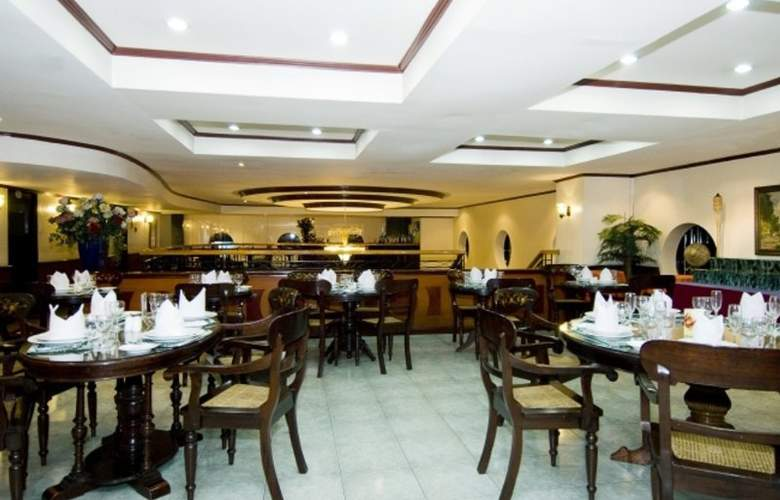 Berjaya Hotel - Restaurant - 6