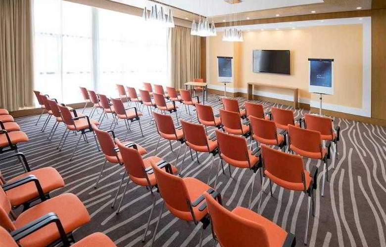 Novotel Fujairah - Hotel - 3
