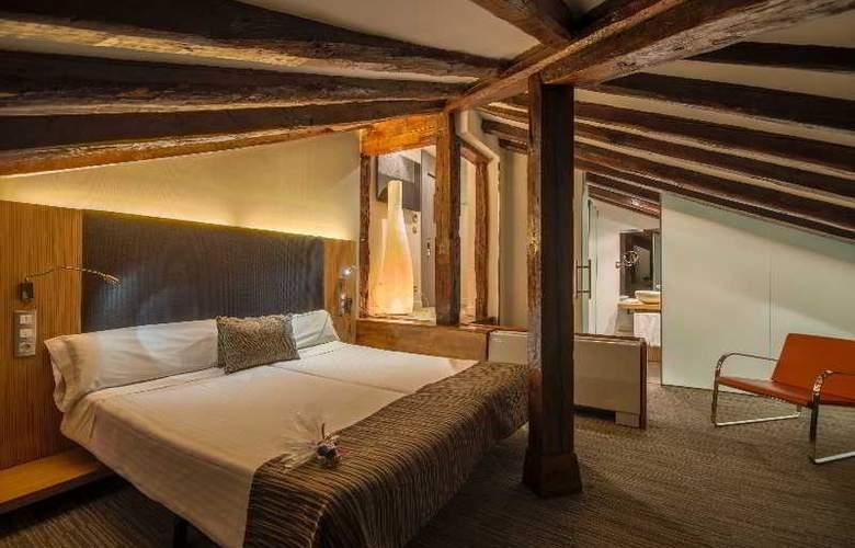 Hotel Petit Palace Plaza del Carmen - Room - 19