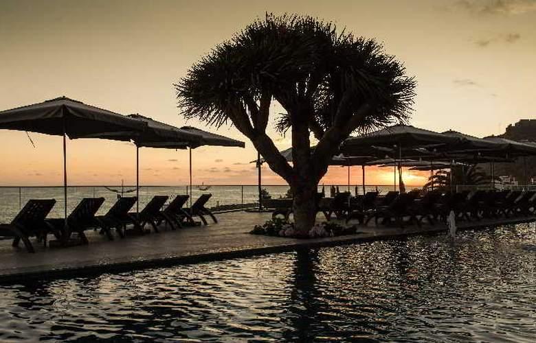 Savoy Saccharum Resort & Spa - Pool - 9