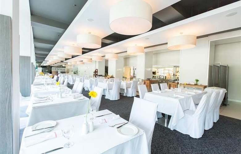 Park Inn by Radisson Katowice - Restaurant - 19