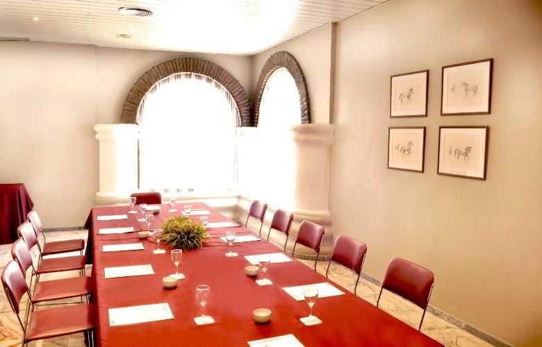 Catalonia Giralda - Conference - 4