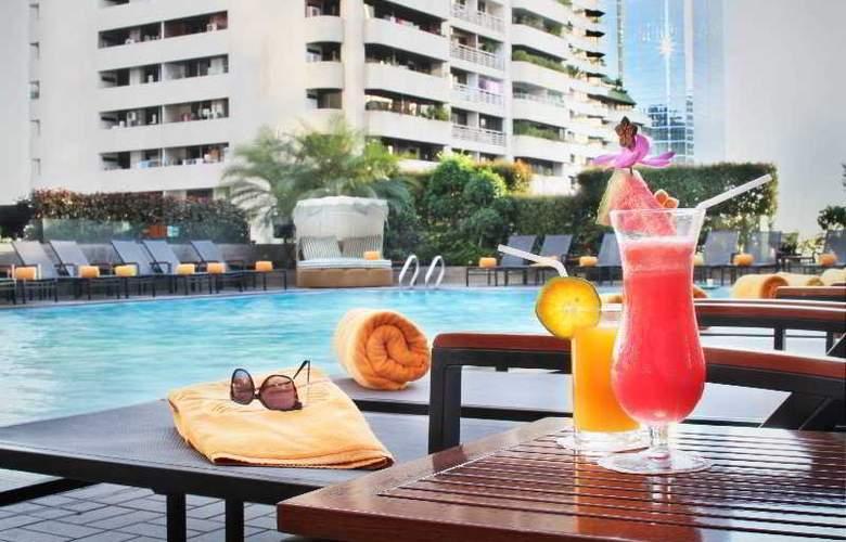 Rembrandt Hotel - Pool - 22