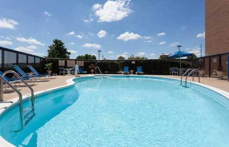 Hampton Inn Manassas - Hotel - 3