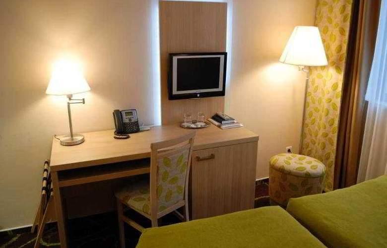 Iris Hotel Eden - Room - 0