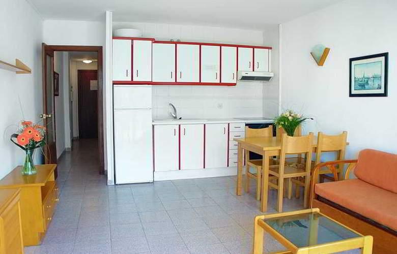 Inter Apartments - Room - 6