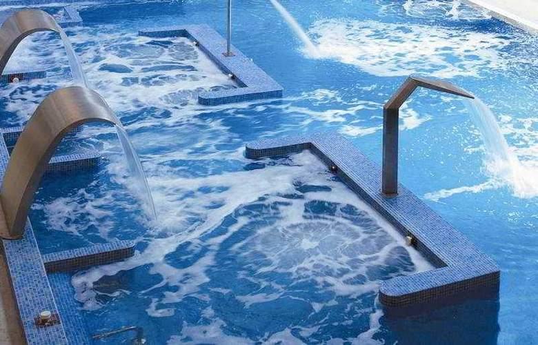 Balneario de Guitiriz - Pool - 8