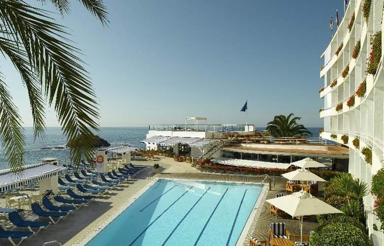 Premier Gran Hotel Reymar & Spa - Pool - 16