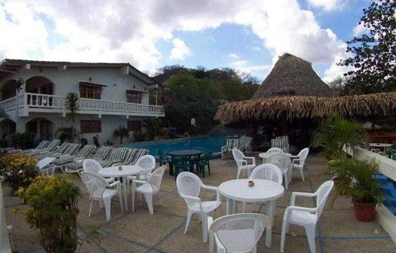 Best Western Tamarindo Vista Villas - General - 3