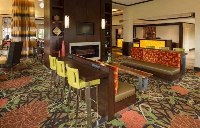 Hilton Garden Inn Buffalo Airport - Hotel - 1