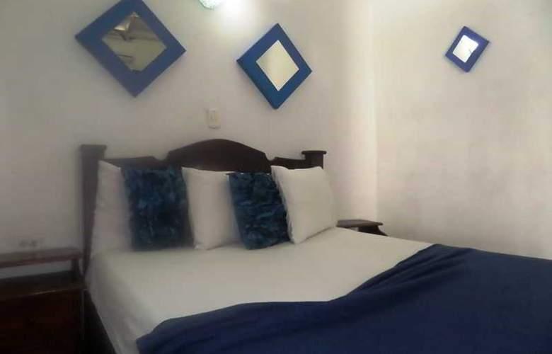 Hotel San Roque - Room - 4
