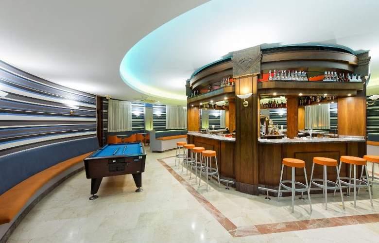 Elba Lucía Sport & Suite - Bar - 4