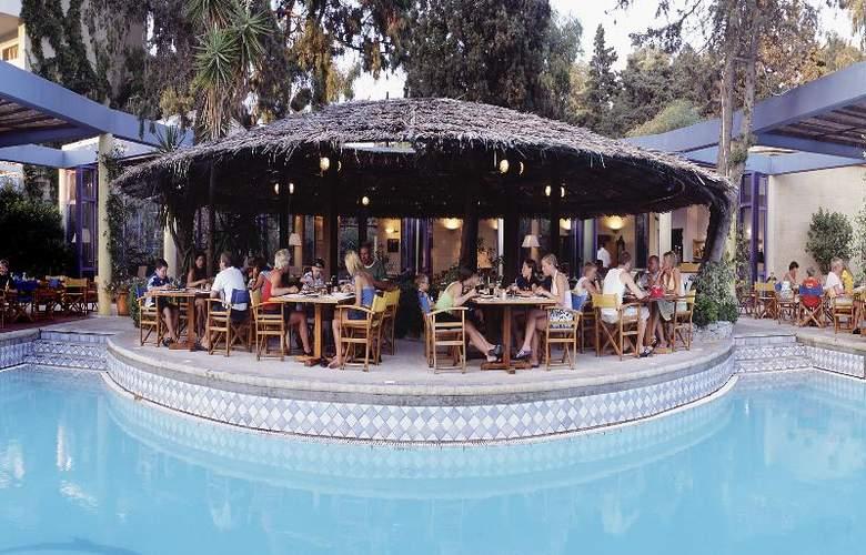 Dionysos - Restaurant - 36