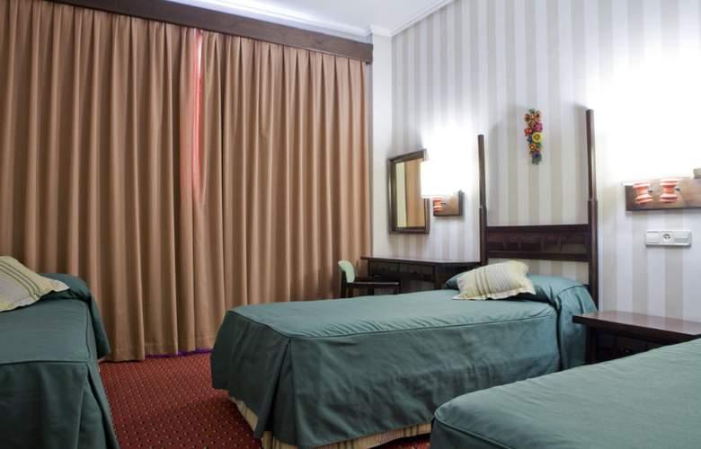 Puerta de Toledo - Room - 25