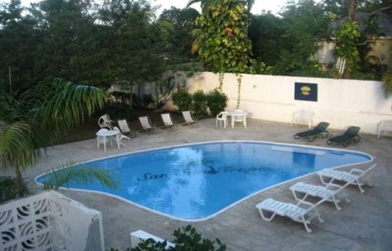 San San Tropez - Pool - 4