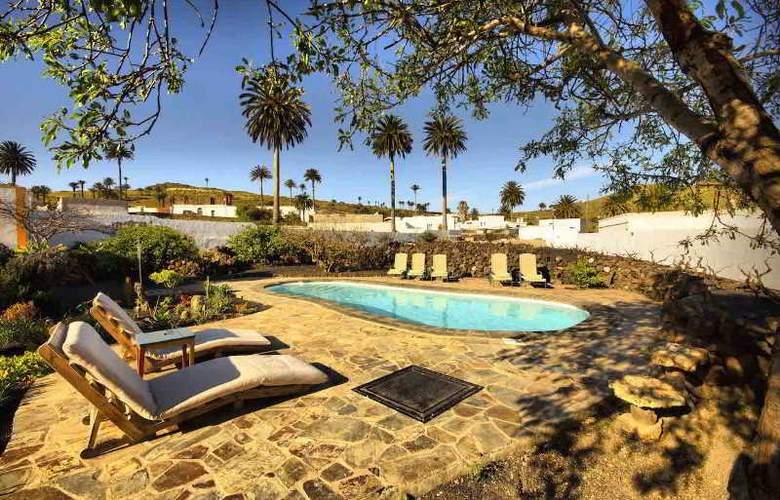 Casa Rural Lola y Juan - Pool - 17