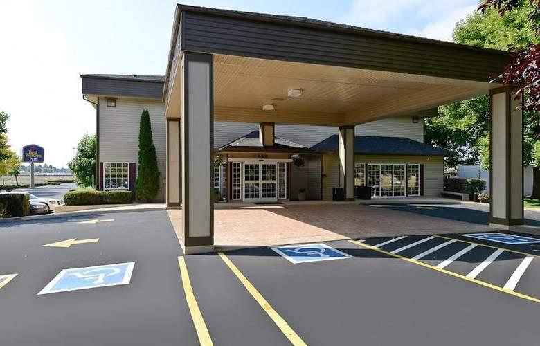 Best Western Plus Prairie Inn - Hotel - 2